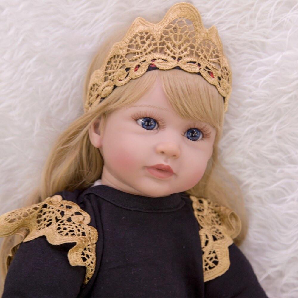 Realistická bábika 804